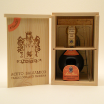 Claudio Balsamic Vinegar2